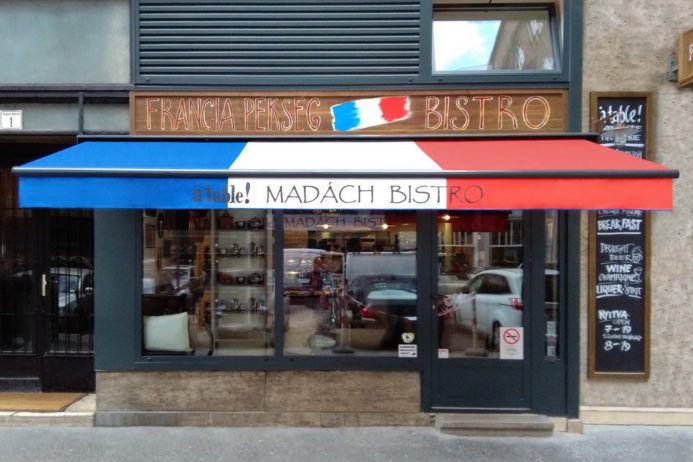 Napellenzők francia trikolorban