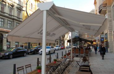 Sátras napellenző -Budapest Ferenciek tere