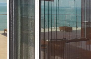 Szúnyogháló -Balatonföldvár -kívülről behúzva