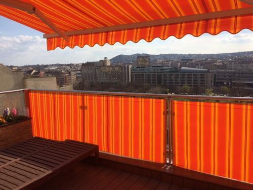 Nyerő páros az erkélyre: napellenző és napfogó