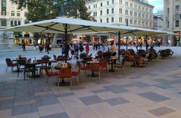 Napernyő -Budapest -Vörösmarty tér 1